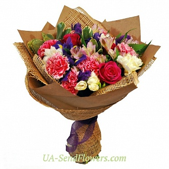 Buy Bouquet Triumph cheap with delivery to Kiev and Ukraine