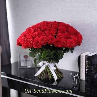 Buy Bouquet of 101 red roses Freedom cheap with delivery to Kiev and Ukraine