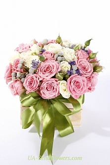 Buy Flower arrangement Spectacular surprise cheap with delivery to Kiev and Ukraine