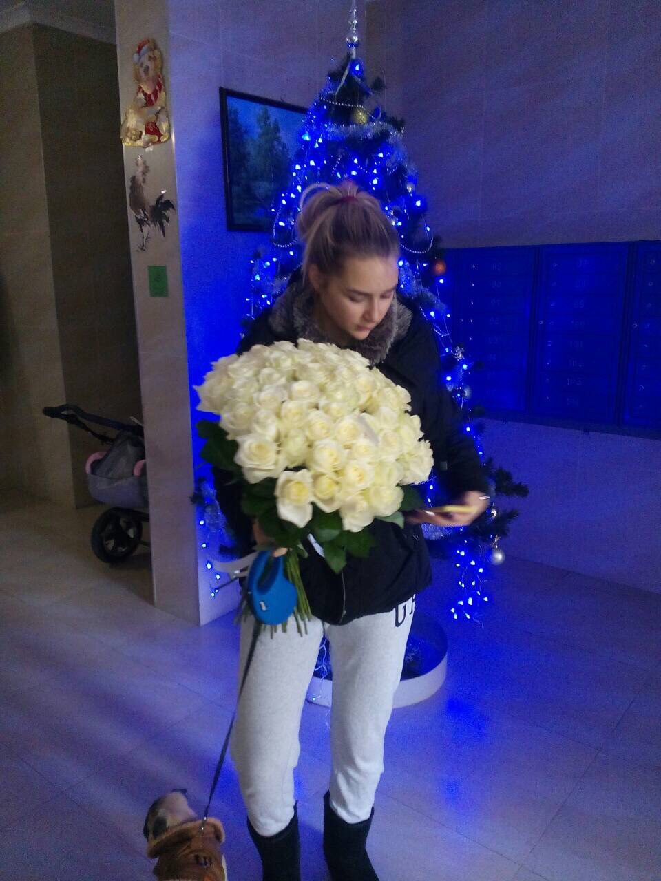 Buy Bouquet 51 white rose Avalanche, Kiev | UA-SendFlowers.com