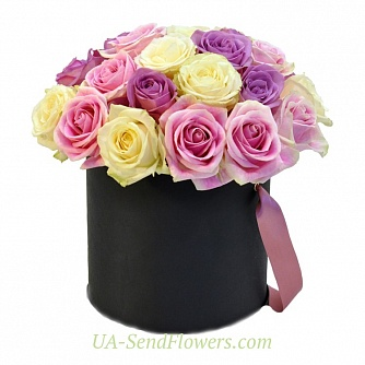 Buy Flowers in a box Sweet dream cheap with delivery to Kiev and Ukraine
