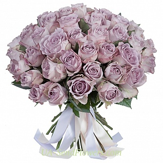 Buy Bouquet of 51 purple roses cheap with delivery to Kiev and Ukraine