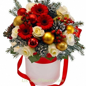 Buy Flowers in a box Christmas flirting cheap with delivery to Kiev and Ukraine