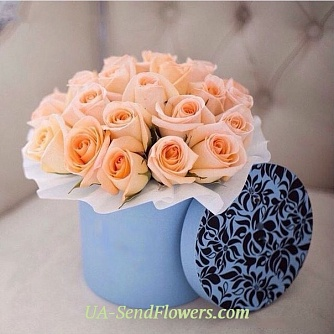 Buy Flowers in a box Splash joy cheap with delivery to Kiev and Ukraine