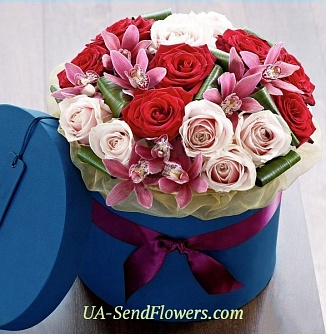 Buy Flowers in a box Meekness cheap with delivery to Kiev and Ukraine