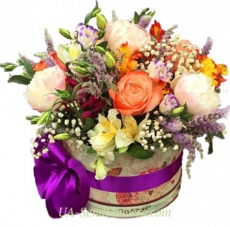 Buy Flowers in a box Prestige cheap with delivery to Kiev and Ukraine