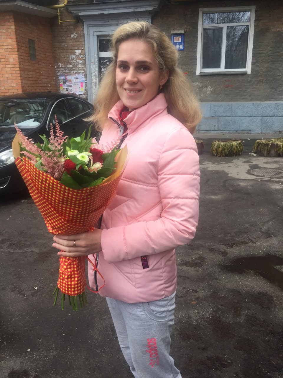 Buy Bouquet of flowers, Borshchagovka | UA-SendFlowers.com