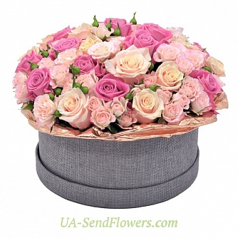 Buy Flowers in a box Ocharovashka cheap with delivery to Kiev and Ukraine