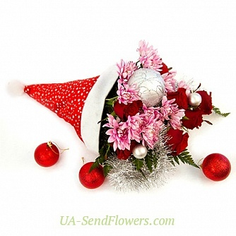 Buy Flowers composition Christmas hat cheap with delivery to Kiev and Ukraine