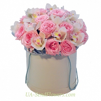 Buy Flowers in a box Happiness cheap with delivery to Kiev and Ukraine