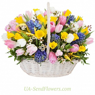 Buy Flower arrangement Spring happiness cheap with delivery to Kiev and Ukraine