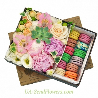 Buy Flowers in a box Summer day cheap with delivery to Kiev and Ukraine