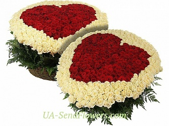 Buy Composition of Flowers One love for two cheap with delivery to Kiev and Ukraine