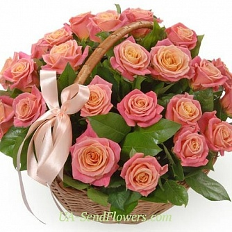 Buy Gift basket of flowers For the princess cheap with delivery to Kiev and Ukraine