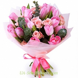 Buy Bouquet Sweet of flowers cheap with delivery to Kiev and Ukraine
