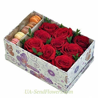 Buy Flowers in a box This love cheap with delivery to Kiev and Ukraine