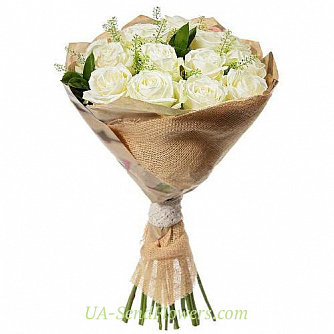 Buy Bouquet of 11 white roses cheap with delivery to Kiev and Ukraine