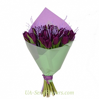 Buy Bouquet of 15 purple tulips cheap with delivery to Kiev and Ukraine