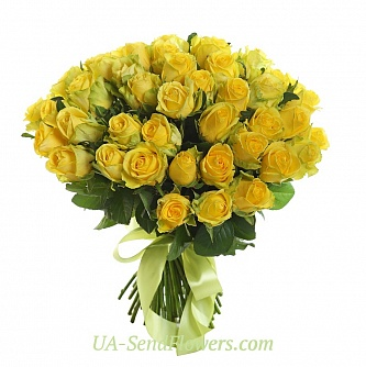 Buy Bouquet of 35 yellow roses cheap with delivery to Kiev and Ukraine