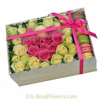 Buy Flowers in a box Deep feelings cheap with delivery to Kiev and Ukraine