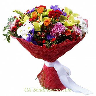 Buy Bouquet Bright world cheap with delivery to Kiev and Ukraine