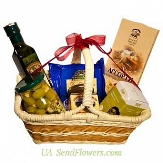 Buy Gift basket Idyll cheap with delivery to Kiev and Ukraine