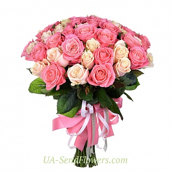 Buy Bouquet of 51 cream-pink roses cheap with delivery to Kiev and Ukraine