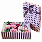Flowers in a box Amici