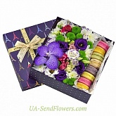 Flowers in a box Surprise from Paris