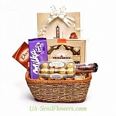 Gift basket In the world of chocolate